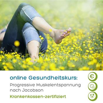 Das Foto zeigt einen Menschen in einer Blumenwiese als Sinnbild wie die Progressive Muskelentspannung im Online-Gesundheitskurs gegen emotionales Essen helfen kann.